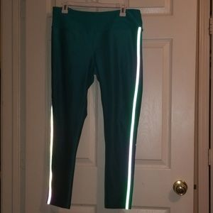 MPG sport teal ombre 7/8 leggings. Size XL
